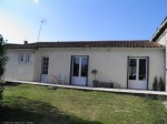 Bungalow with 2 Bedrooms, Courtyard and Garage