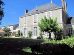 Vendee, Lucon: Stunning Maison Bourgeoise. Entirely Renovated. 6 Bedrooms