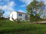 Vendee – Renovated 2 Bedroom House. Large Garden