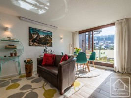 Charming, south facing, renovated apartment situated just 60m from the Mont-Chéry télécabine.