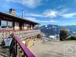 Charming chalet with views of the Mont Blanc range, ideal for nature lovers