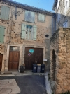 Village house to modernise with 64 m² of living space with roof terrace, garage and courtyard.