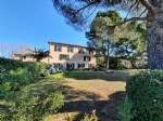 Character home in the heart of an old Priory with 450 m² of living space and private garden.