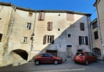 Large village house divided into 2 apartments of 60 m² and 120 m² with terraces.