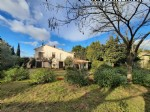 Nice winemaker's house with 167 m² of living space to refresh and modernise, on a 947 m² plot.