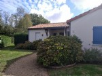Charming bungalow near golf course