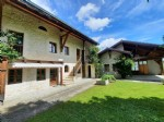 Renovated farm - 208 m² - 5 rooms - 4 bedrooms - land of 1462 m²