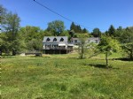 3 bed renovated house, with 2 large houses to renovate, river frontage with 2 large lakes. land 1 h