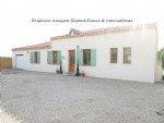 100 m2 contemporary house located 5mns from a well known village