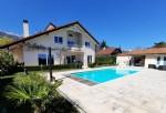 Architect designed villa -6 bedrooms - 255m² (approx)