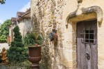 Delightful 13th century chateau just 30 minutes from perigueux