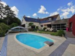 Old property, close to amenities, enclosed garden and landscape, swimming pool.