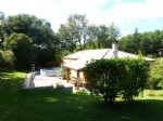 Well presented house 115m² in quiet hamlet with established garden 1200m²  & land of 1300m²