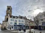 T4 in the city center of mantes la jolie