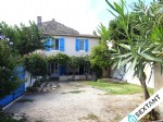 Farmhouse of 85 m2 with outbuilding very close to the city