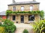 Beautiful charming house 6 bedrooms with landscaped garden