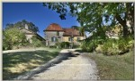 Close to bergerac, 115 hectare estate, castle, large agricultural outbuildings, 2 houses and a trad