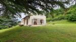 House ind. 3 bedrooms, mezzanine, basement, gite, garden, all over 3000 m2