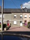 House of approximately 75m2 with adjoining outbuilding of 45 m2 on the ground