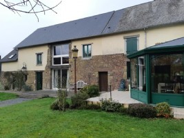 Superbly renovated Normandy home with attached 1 bed maison des amis 5 acres of land and barn