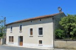 Village House for sale 3 bedrooms ,282m2 land ,Walk to shop South facing
