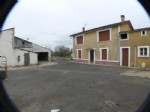 House for sale 2 bedrooms ,1102m2 land