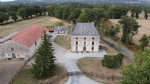 Maison de maitre with 44 hectares of land in le dorat