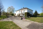 orgeous bungalow in a pretty little village with garden of 2842m².
