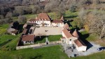 Beautiful homes and 44 hectare estate