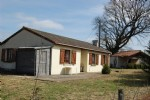 Bungalow of 80m² with 10935m² of attached land.
