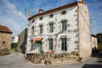 Beautiful and charming stone house fully renovated and habitable immediately