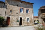 Habitable stone cottage with barn in quiet hamlet 3 mins from chateauponsac