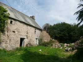 Large House to Renovate with Attached Barn