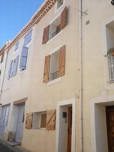 Charming renovated village house with 115 m² living space, 2 bedrooms and 2 bathrooms.