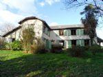 Villa de 250 m² avec dépendance et garage