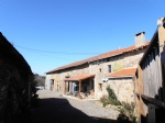 Rural setting for a group of farm buildings on a land plot of 5514m²