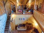 Renovated 4-Bedroom Mountain Chalet